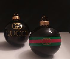 GUCCI inspired Louis Vuitton Inspired Ornaments by on Etsy Christmas Window Decorations, Christmas Ornaments To Make, Christmas Tree Themes, Personalized Christmas Ornaments, Christmas Fun, Christmas Bulbs, Xmas Baubles, Holiday Decor, Luxury Christmas Tree