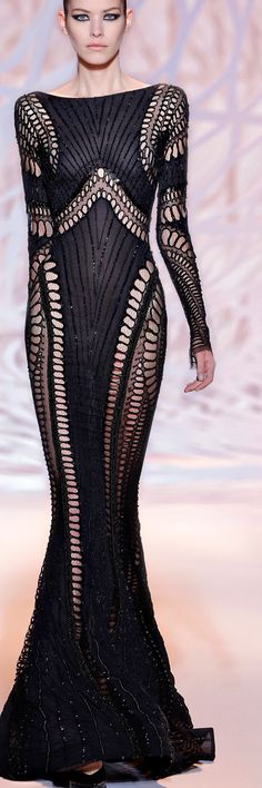 Zuhair Murad 2015 - Luxurydotcom via ZM.com  would die for this. At least I'd die in style  lolz