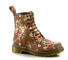 DMs - 1460 WOMENS - Victorian Flowers printed DM boots.