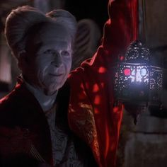 Day 15 of my 31 days of the best Vampires. Today is Count Dracula in Bram Stoker's Dracula played by Gary Oldman in Dracula Film, Dracula Untold, Count Dracula, Gary Oldman, Robinson Crusoe, Vampires, Bram Stokers Dracula, Comedia Musical, Horror Films