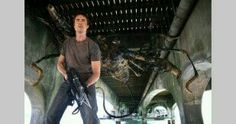 Stephen and The giant scorpion-Primeval
