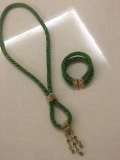 Seed Bead Jewelry, Seed Beads, Diy Jewelry, Beaded Jewelry, Handmade Jewelry, Beaded Necklace, Crochet Rope, Bead Crochet, How To Make Necklaces