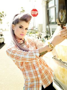 Kelly Osbourne Shows Off Winter's Coolest Hair and Makeup Looks