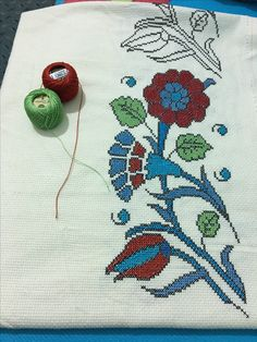 This Pin was discovered by Eta Embroidery Patterns, Cross Stitch Patterns, Cross Stitching, Needlework, Knots, Diy And Crafts, Projects To Try, Kids Rugs, Boho