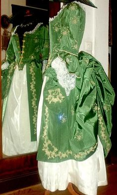1780 gown~~LOVE the color!
