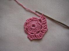 Pikkupioni: VIRKATTU KUKKA - ohje Crochet Earrings, Jewelry, Skirts, Jewellery Making, Jewels, Jewlery, Jewerly, Jewelery, Jewel