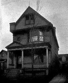 http://preservationready.org/ 958 Fillmore Ave Buffalo NY - Image taken from The Album Pamiatkowe i Przewodnik Handlowy published in 1906. Demolished. Currently an empty lot.