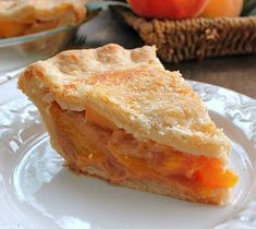 The Perfect Peach Pie is amazing! The fresh peach flavor is up front and delicious, the natural sweetness of the peaches comes shining through to perfection Best Coconut Cream Pie, Just Desserts, Dessert Recipes, Peach Pie Recipes, Sweet Recipes, Peach Muffins, Quiche, Apples And Cheese, Perfect Peach