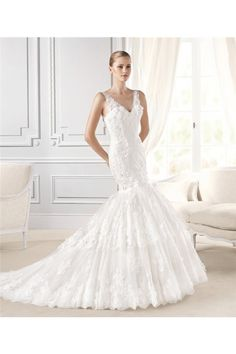 Trumpet Mermaid V Neck And Back Lace Tiered Wedding Dress With Buttons