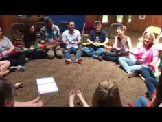 Wheels On The Bus (with stretchy band) - YouTube