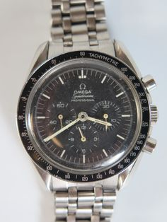 Omega Speedmaster Wrist Watch Est £!400-£1800 to be auctioned 15/6/16