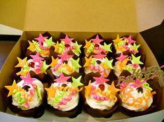 "Wrightberry's custom ""star"" cupcakes"