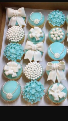 15 Trendy Breakfast Party Decorations Bridal Shower # 15 Trendy Breakfast Party Decorations Bridal Shower - New Site Tiffany E Co, Tiffany Sweet 16, Tiffany Blue Party, Tiffany Birthday Party, Tiffany Cakes, Tiffany Blue Weddings, Tiffany Theme, Tiffany Wedding, Birthday Parties
