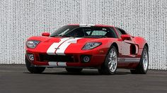 Who buys a Ford GT and then does not drive it ~ <3mi on the odomter ~ 2005 Ford GT | Mecum Auctions
