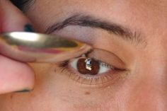 No eyelash curler? try using a spoon!
