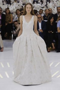 The 25 Haute Couture Looks We Can't Stop Thinking About for Fall 2014 - theFashionSpot