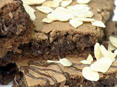 Bolo de Chocolate com Amêndoas | Tortas e bolos > Receitas de Bolo de Chocolate | Mais Você - Receitas Gshow