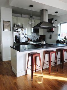 Kitchen style #apartmenttheraphy #smallkitchen #homedecor