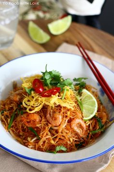 Fried Mee Siam (Vermicelli) with Crispy Shrimp