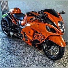 Suzuki Motorcycle, Motorcycle Style, Motorcycle Outfit, Tomahawk Motorcycle, Custom Street Bikes, Custom Sport Bikes, Suzuki Gsx, Custom Hayabusa, Motos Trial