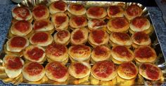 Pizzette per Buffet Finger Foods, Buffet, Pizza, Fruit, Finger Food, Catering Display, Snacks, Lunch Buffet