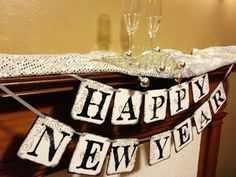 shabby chic diy wooden happy new year banner 2016 under table - holiday ideas