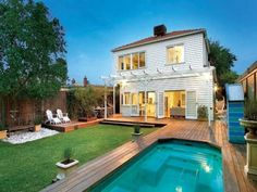 Outdoor living design with deck from a real Australian home - Outdoor Living photo 442377
