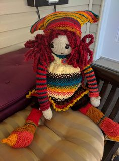 Ravelry: Tulip pattern by Deena Thomson-Menard Doll Clothes Patterns, Clothing Patterns, Knitted Dolls, Tulips, Hand Knitting, Free Pattern, Knitting Patterns, Ravelry, Presents