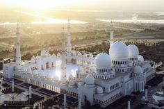 --Could this be converted to a Military Headquarters?-- Sheikh Zayed Grand Mosque by Beno Saradzic on 500px