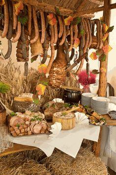 sala-weselna-stol-wiejski. #sala #weselna #stół #wiejski