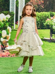 This gown is very cute for the young girl holding the bouquet at your wedding ceremony. You should take a look at this cute Lace Beaded Knee Length Flower Girl Party Dress. Princess Flower Girl Dresses, Tulle Flower Girl, Cheap Flower Girl Dresses, Ball Dresses, Ball Gowns, Girls Dresses Online, Dress Online, Girls Party Dress, Party Dresses