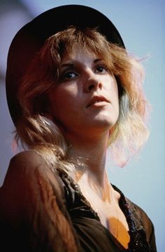 Stevie Nicks, Glen Oak Park Amphitheatre, Peoria, Illinois, June 25, 1976