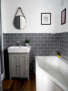 Awesome Bathroom Ideas Small Spaces Ideas #BathroomIdeasSmallSpaces