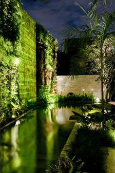 Lighting - Landscape & Photo by Alex Hanazaki - Hyundai Mostra Black 2012, São Paulo.