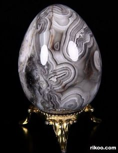 Crystal Egg, Crystal Sphere, Crystal Skull, Minerals And Gemstones, Crystals Minerals, Rocks And Minerals, Gem Stones, Stones And Crystals, Egg Art