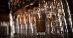 4 restaurants La Voie Maltée : Québec, Jonquière & Chicoutimi. Bières artisanales de microbrasserie et cuisine à la bière. Voss Bottle, Water Bottle, Restaurants, Goal Planning, Craft Beer Glasses, Planner Organization, Kitchens, Water Bottles, Restaurant