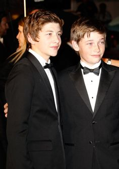 Tye Sheridan and Jacob Lofland at event of Mud, two young and brillant actors!!!