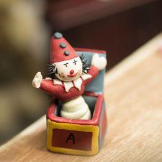 Miniature Jack-In-The-Box - Fairy Garden Supplies - Dollhouse Miniatures - Doll Supplies - Craft Supplies Dollhouse Toys, Miniature Dollhouse, Jack In The Box, Fairy Garden Supplies, Pull Toy, Toy Rooms, Tiny Dolls, Toys Shop, Clay Ideas