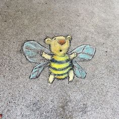 David Zinn, Amazing Street Art, Chalk Art, Bee, Animals, Interesting Stuff, Animales, Animaux, Animal