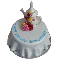 Order wedding anniversary cake online from YummyCake at a cheap price and get free home delivery in Delhi NCR. We offer delicious eggless cakes. It's Your Birthday, Birthday Cakes, 50th Wedding Anniversary Cakes, Fresh Cake, Online Cake Delivery, Order Cake, Designer Cakes, Cake Online, Crazy Cakes