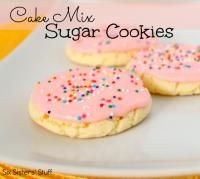 Six Sisters Cake Mix Sugar Cookies Recipe is so easy to make! #sixsistersstuff