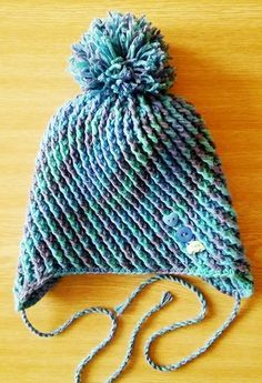Háčkovaná ušanka Knit Crochet, Crochet Hats, Winter Hats, Cap, Knitting, Fashion, Knitting And Crocheting, Tricot, Caps Hats