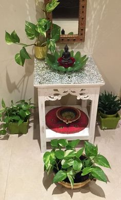 Buddha Home Decor Ethnic Home Decor, Indian Home Decor, Diy Home Crafts, Diy Home Decor, Room Decor, House Plants Decor, Plant Decor, Tulasi Plant, Indian Inspired Decor