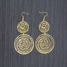 Hot Retro Antique Earrings For Women Hollow Carved Filigree Earring Boucle d'Oreille Long Copper Earrings Gold Pendientes Largos♦️ SMS - F A S H I O N 💢👉🏿 http://www.sms.hr/products/hot-retro-antique-earrings-for-women-hollow-carved-filigree-earring-boucle-doreille-long-copper-earrings-gold-pendientes-largos/ US $1.41