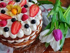 Tort de morcovi cu crema de mascarpone si fructe - OurDailyFood Cheesecake, Pudding, Desserts, Food, Sport, Mascarpone, Bakken, Tailgate Desserts, Deserts