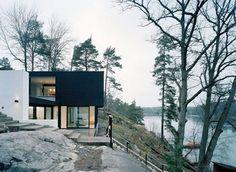 Modern minimal black and white house - lakefront – WRB