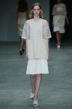 Calvin Klein Collection RTW Spring 2014 - Slideshow - Runway, Fashion Week, Reviews and Slideshows - WWD.com