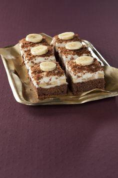 Překvapte své hosty a připravte jim ke kávě oblíbený čokoládovo-banánový dezert.