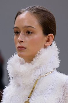 Allude at Paris Fashion Week Spring 2016 - Details Runway Photos