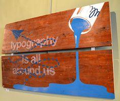 Typography - Kunst aan de muur in Café Boeien Katwijk aan Zee